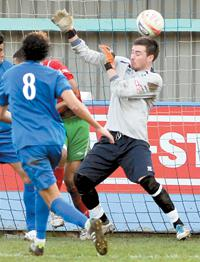 Marlow keeper Charlie Fanner had a moment to forget.