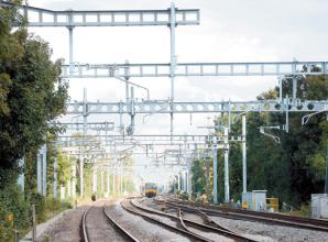 All lines blocked after person hit by train between Slough and Maidenhead