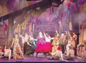 REVIEW: Oliver at Windsor Theatre Royal