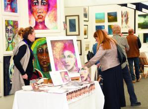 Contemporary Art Fair raises £5,000 for The Prince's Trust