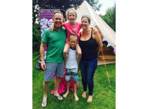 Walkers raise thousands for hospice looking after Marlow rugby father