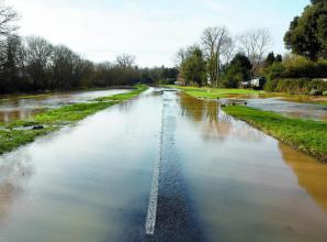 UPDATE: Police urge drivers to avoid flooded Holyport roads