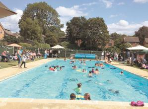Louis Baylis Trust lends its support to Polehampton Swimming Pool refurbishment