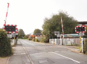 Furze Platt level crossing to close for two weeks