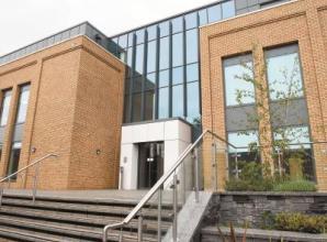 Councillors clash over Royal Borough budget at cabinet meeting