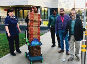 Masjid Al Jannah mosque makes pizza donations to Wexham Park Hospital