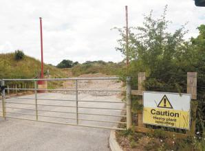 Bucks councillors defer plans to continue digging at East Burnham Quarry