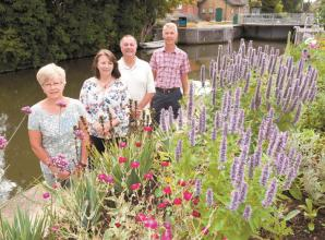 Boulters Riverside CIC make-over Boulters Lock flower beds