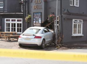 Car crashes into Wooburn Green pub