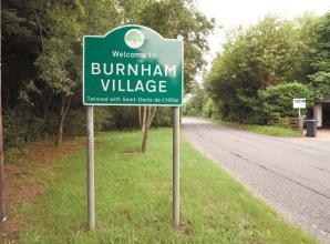 Burnham High Street post office closes temporarily for refurbishment
