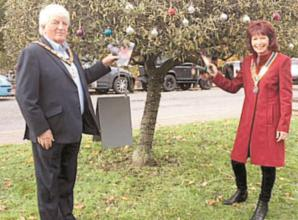 'Tree of Hope' grows in Marlow for loved ones and charities