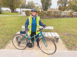 Sponsored bike ride raises more than £1,000 for Riding for the Disabled Association