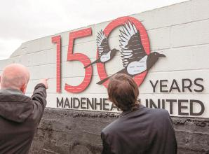 Chairman unveils commemorative plaque to mark Magpies' 150th anniversary