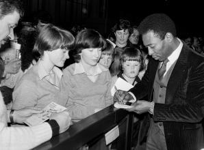 Remember When: Maidenhead school children met football superstar Pelé