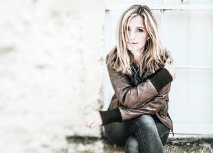 Captivating singer brings Wanderer tour to Nettlebed