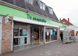 Cippenham shopping parade owners clear up Co-op exit