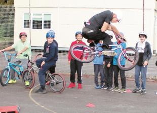 Former BMX World Champion visits Burnham Grammar School