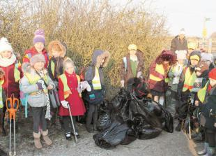 Dorney pupils on mission to clear path to school of litter