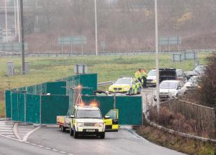 Darran Walker inquest: Driver describes 'disbelief' at head on M4 crash