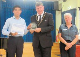 Teen pianist wins young musician title