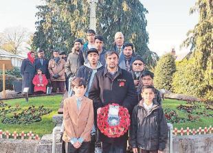 Ahmadiyya Muslim community takes part in Burnham Remembrance Sunday ceremony
