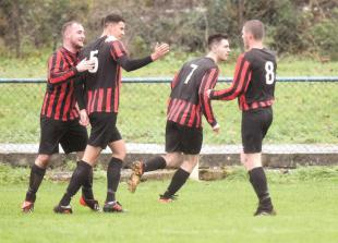 Cookham Dean blow Premier Division title race wide open with win at Marlow United