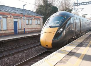 Rail season ticket holders can claim for delayed train