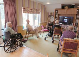 Marlow care home residents enjoy spot of virtual shopping