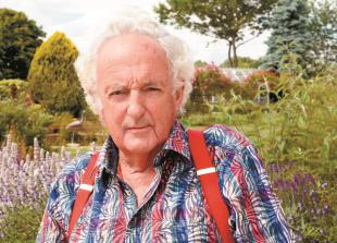Tributes paid following death of devoted Cookham Dean farmer Tom Copas