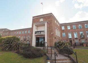 Berkshire councils 'exploring' devolution deal