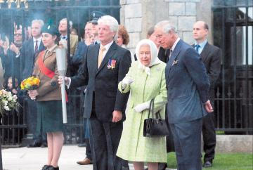 In pictures: The Queen's 90th birthday beacon lighting at the Long Walk
