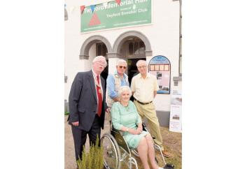 Tributes paid to much-loved village 'stalwart' Gordon Storey who has passed away aged 72