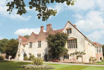 Win your wedding day at Bisham Abbey