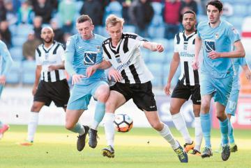 Barratt on his way to Southend United after flying the Magpies nest