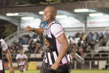 Clifton's second half strike seals victory for magnificent Maidenhead United at Leyton Orient