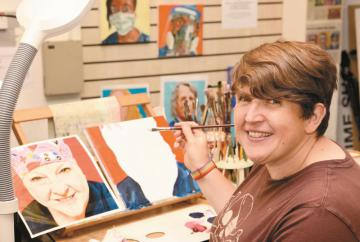 Visitors watch artists at work during Cookham and Maidenhead Arts Trail